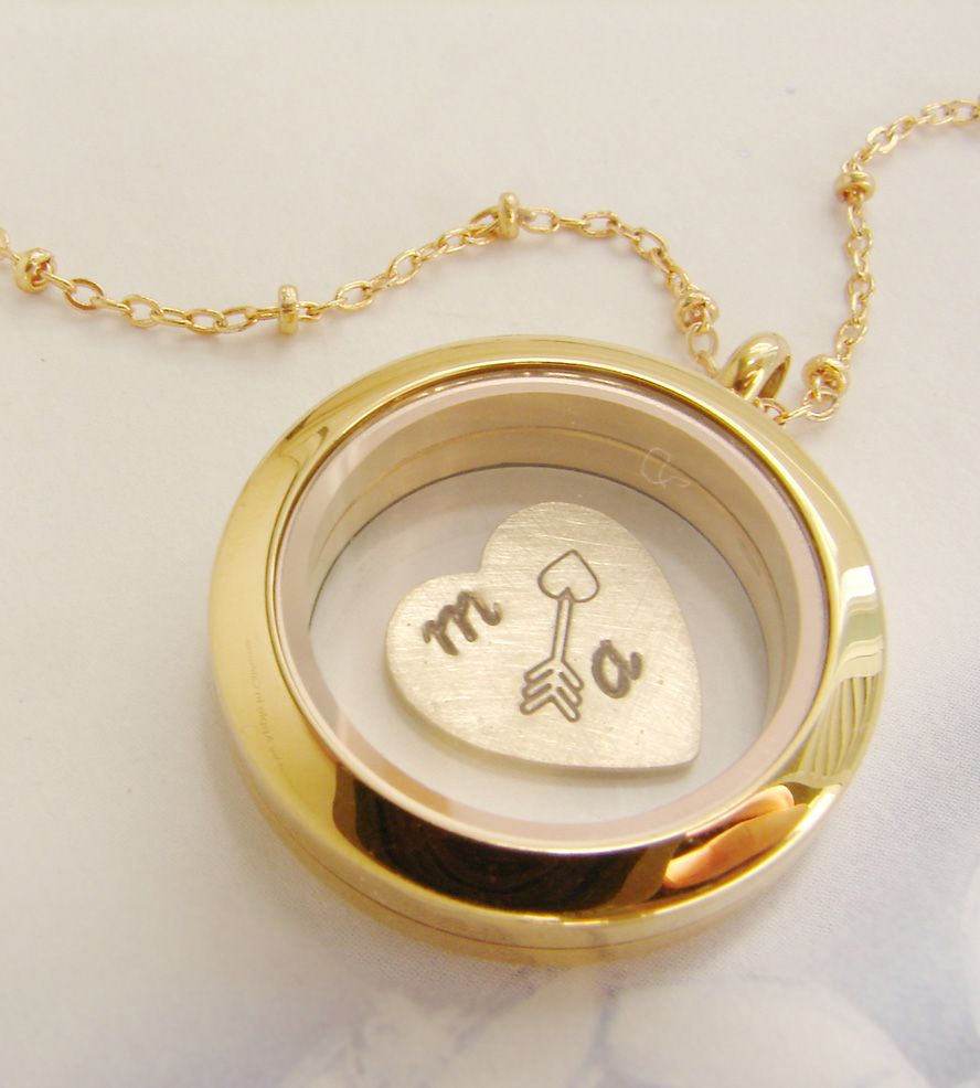 4c60f9739bd81 Mar 20 Zine | jewelry | Jewelry, Heart jewelry, Locket necklace