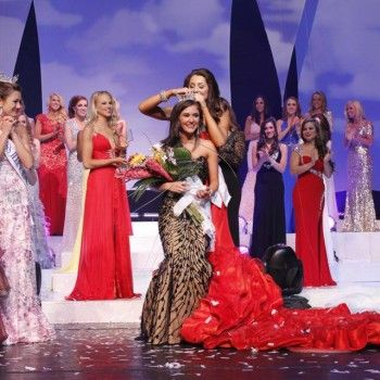 Brittany Smith Crowned Miss Illinois 2013 | Miss America