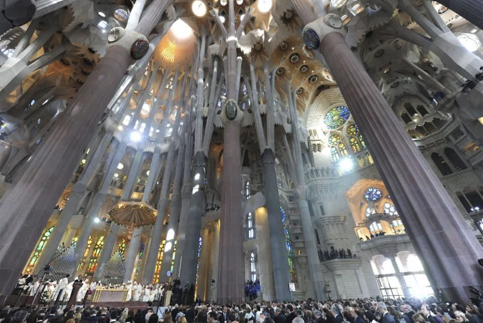 Pope Francis wants the 'great mystic' Gaudi to become a saint - Particle News