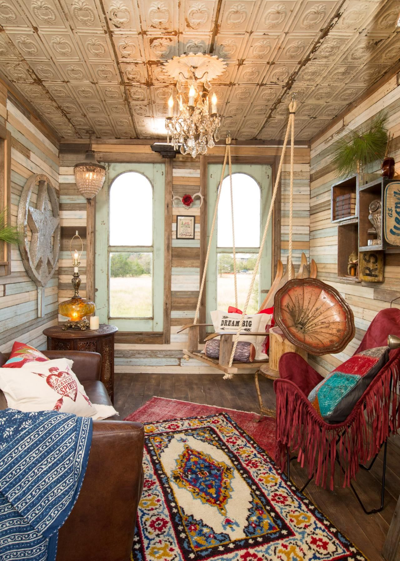 Amie and jolie brought junk gypsy funkiness to the quaint for Gypsy bedroom decor