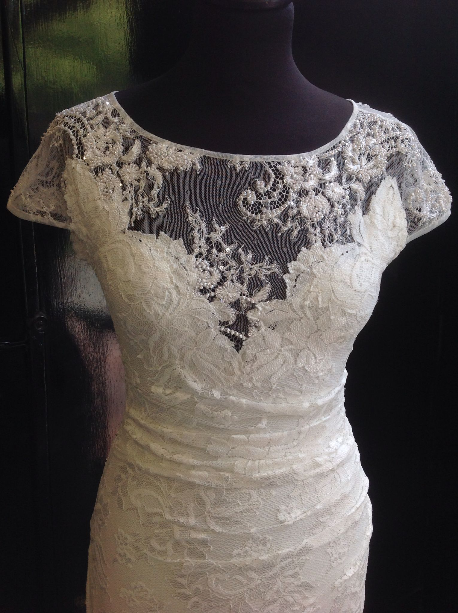 Such a pretty front on this olvis lace dress style wedding