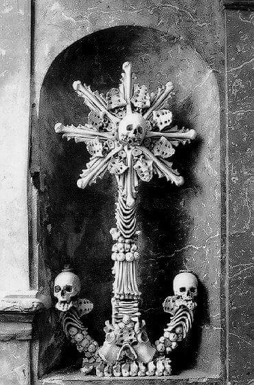 seasons-in-hell:  Sedlec Ossuary in the Czech Republic František Rint, 1800's Photo Source: Dellamorte&Co -edited.