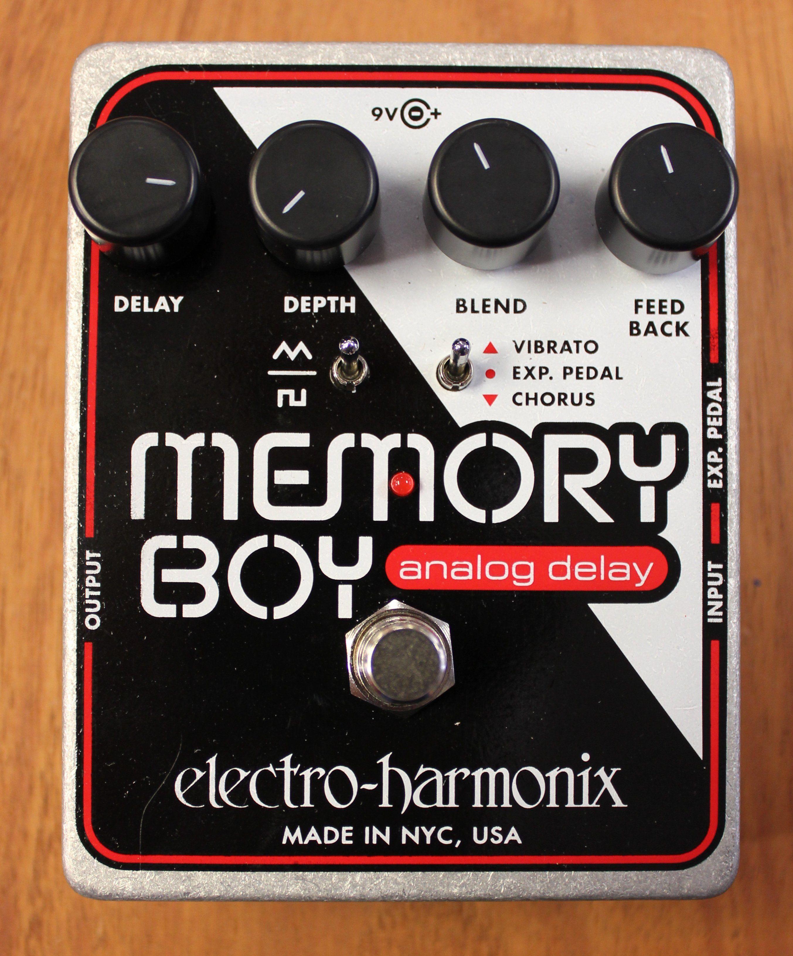 Electroharmonix memory boy delay guitar effects pedal