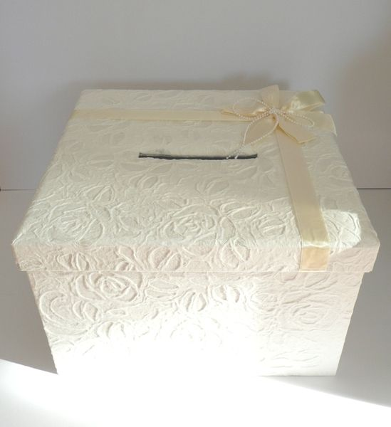 die besten 25 geschenkebox hochzeit ideen auf pinterest hochzeit geschenk boxen geschenkbox. Black Bedroom Furniture Sets. Home Design Ideas