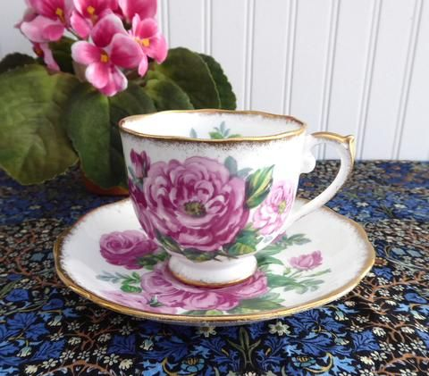 Roslyn Crimson Glory Cup And Saucer Roses Brush Gold Trim 1950s English Bone China