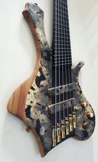 Prometeus Guitars 6 stringer.