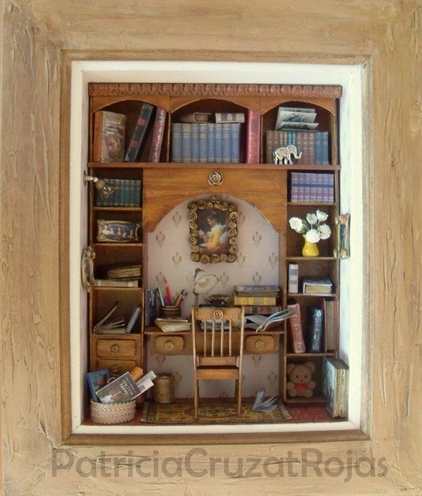 Cuadro Biblioteca con Miniaturas a pedido. http://cruzatartesaniacolor.blogspot.com/