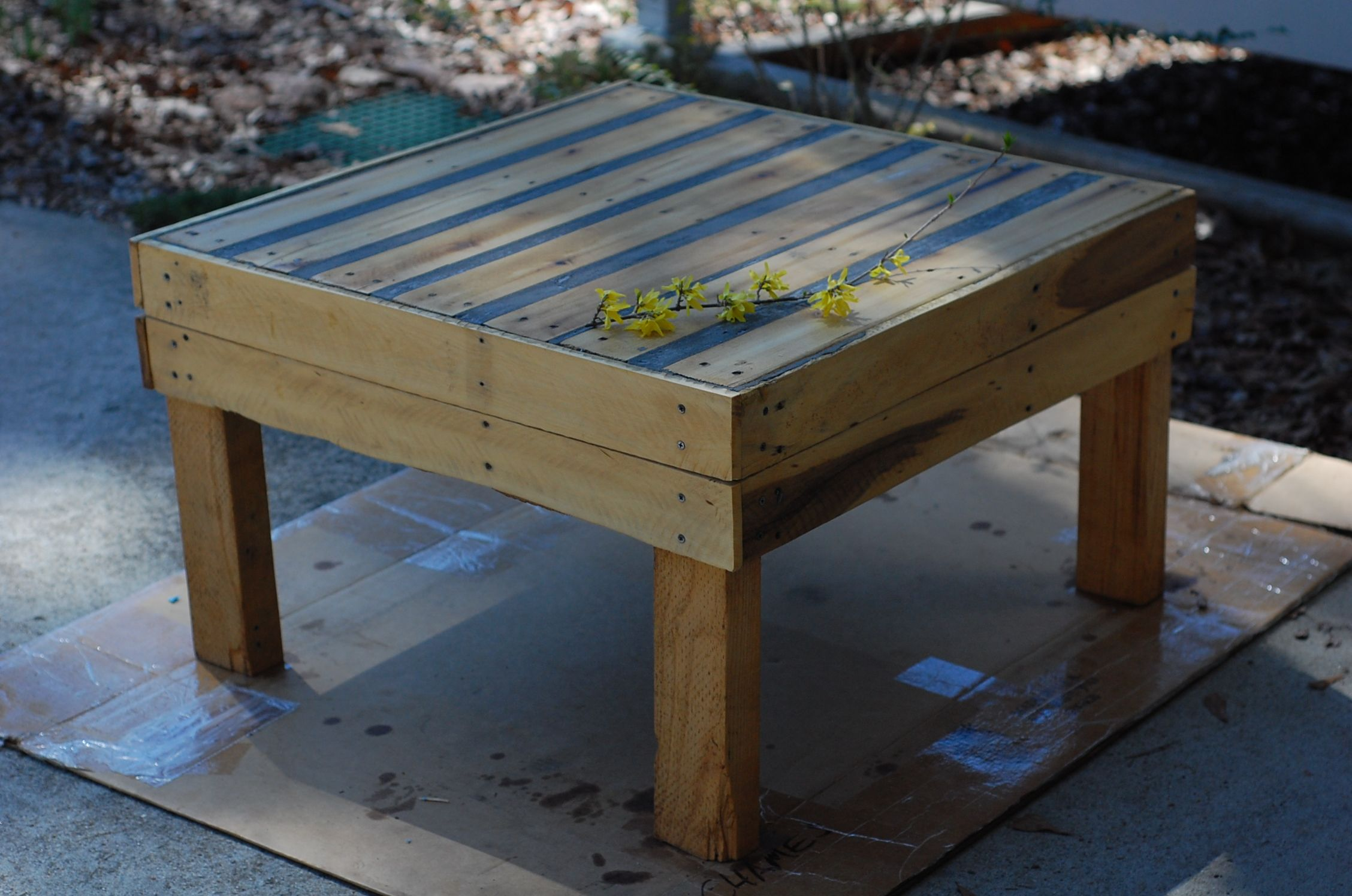 pin on muebles on inventive ideas to utilize reclaimed wood pallet projects all you must to know id=49024