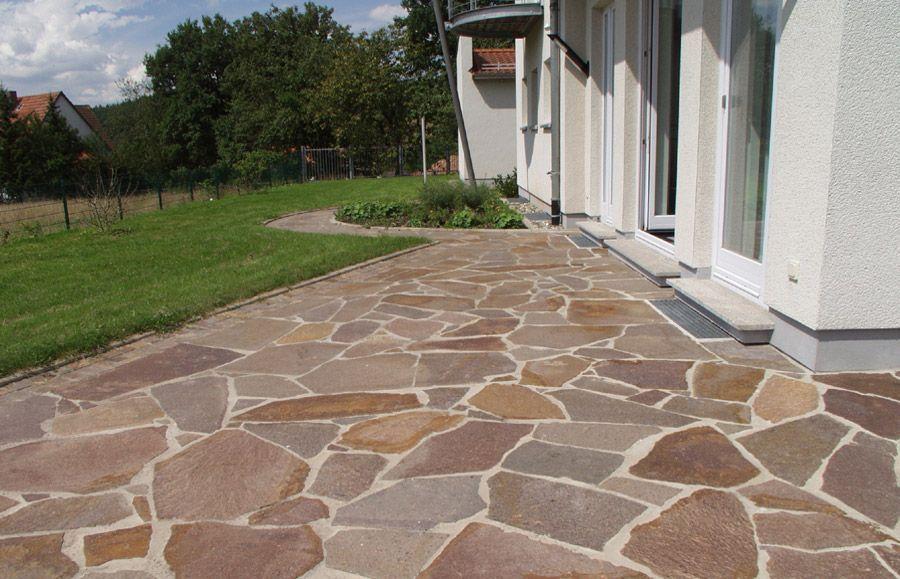 Polygonale Porphyrplatten Rotbraun In 2020 Steinterrassen Porphyr Naturstein Terrasse