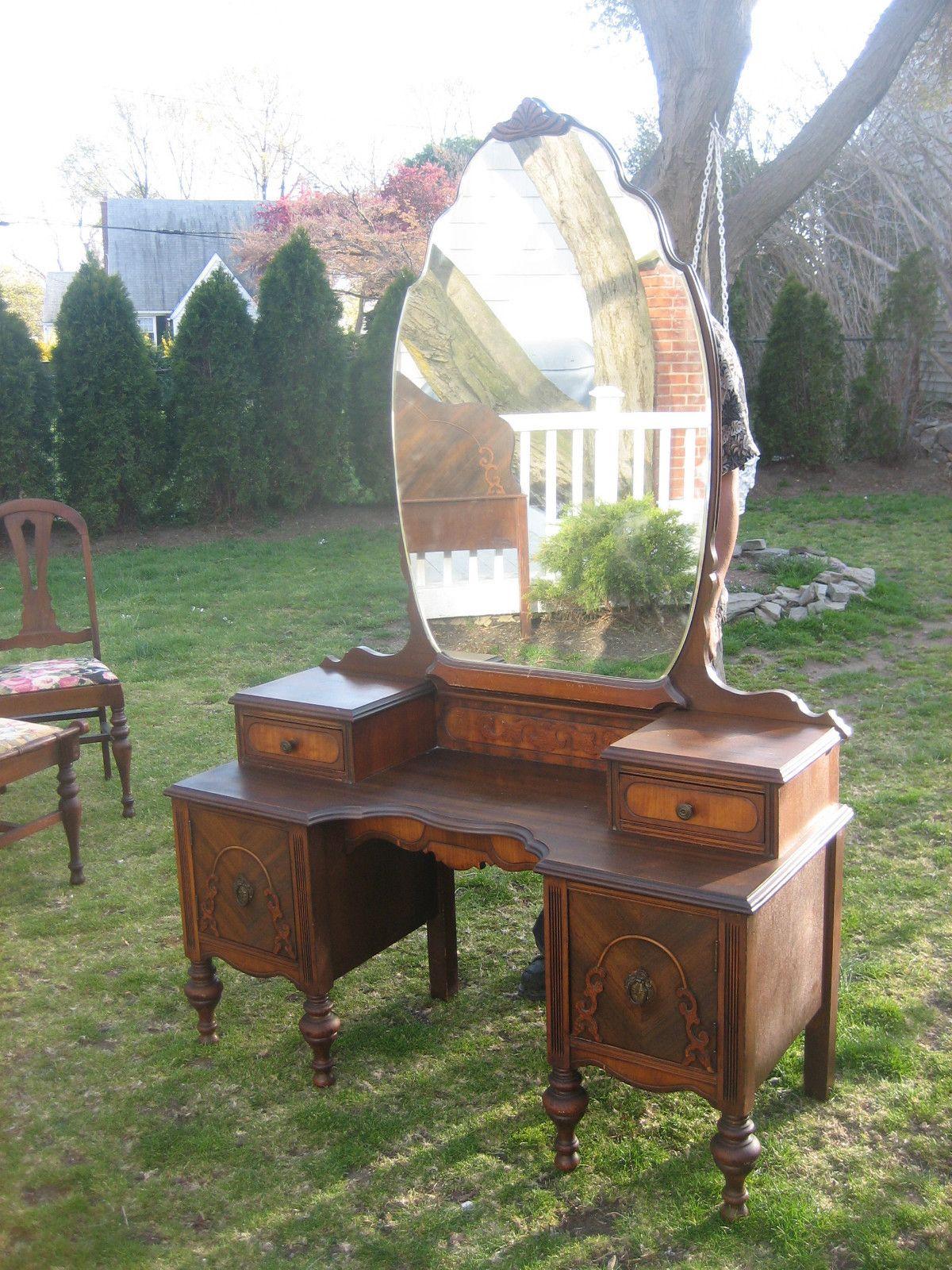 1940's vanity Vanity table vintage, Vintage dressing