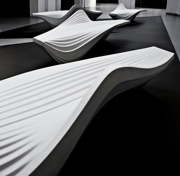 Zaha hadid milan design week serac bench lab 23 nel for Divano zaha hadid