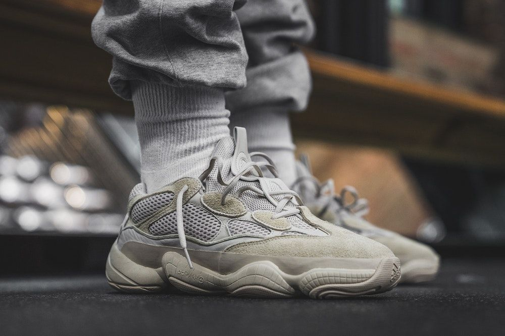 newest 73e1e 5179c A Closer Look at the Upcoming YEEZY Desert Rat 500