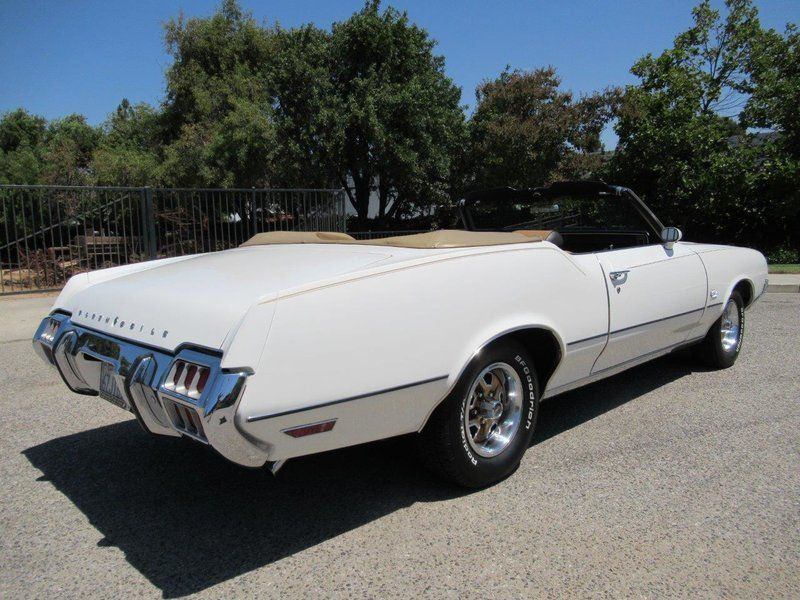 1972 Oldsmobile Cutlass Supreme For Sale in Simi Valley