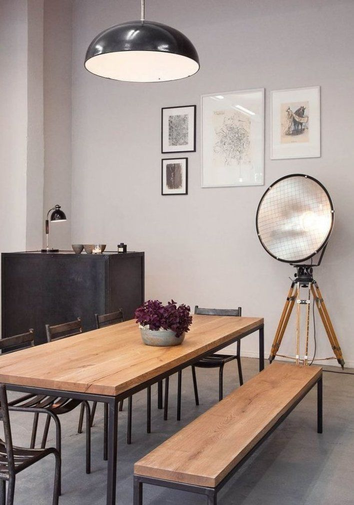 Der Erste Esstisch In Meiner Studentenbude In Hamburg War Ein Ausrangierter Gartentisch Meiner Mu In 2020 Dining Table Large Dining Table Solid Wood Dining Table