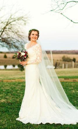 Essense Of Australia D1745 Wedding Dress Used Size 10 1 500