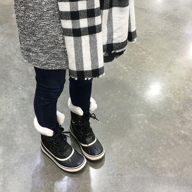 Sorel winter carnival, Sorel boots outfit