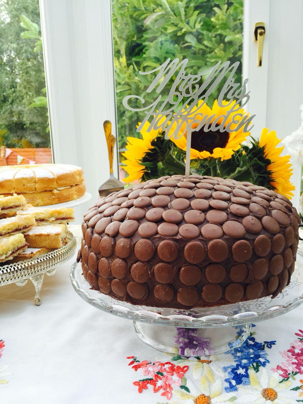 Chocolate Button Cake birthday cake Pinterest Button cake