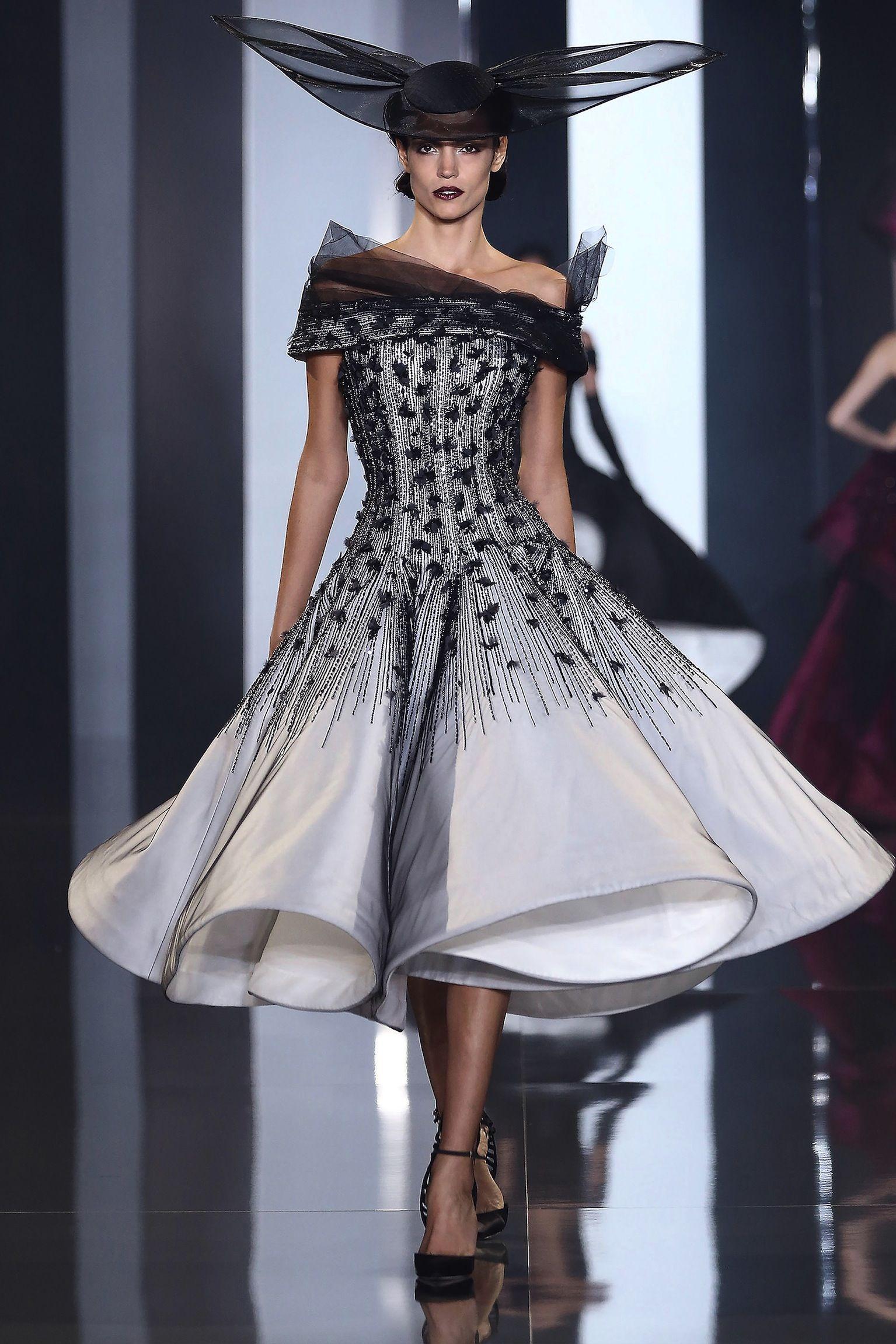 Ralph u russo runway paris fashion week hautecouture fall