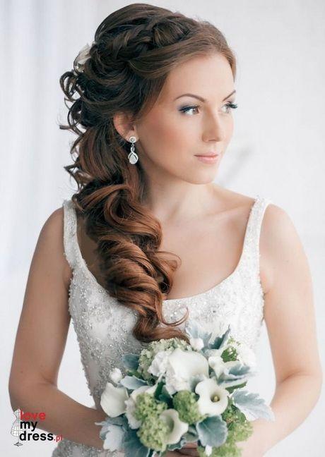 ślubna Fryzura Na Bok Fryzury W 2019 Long Hair Wedding Styles