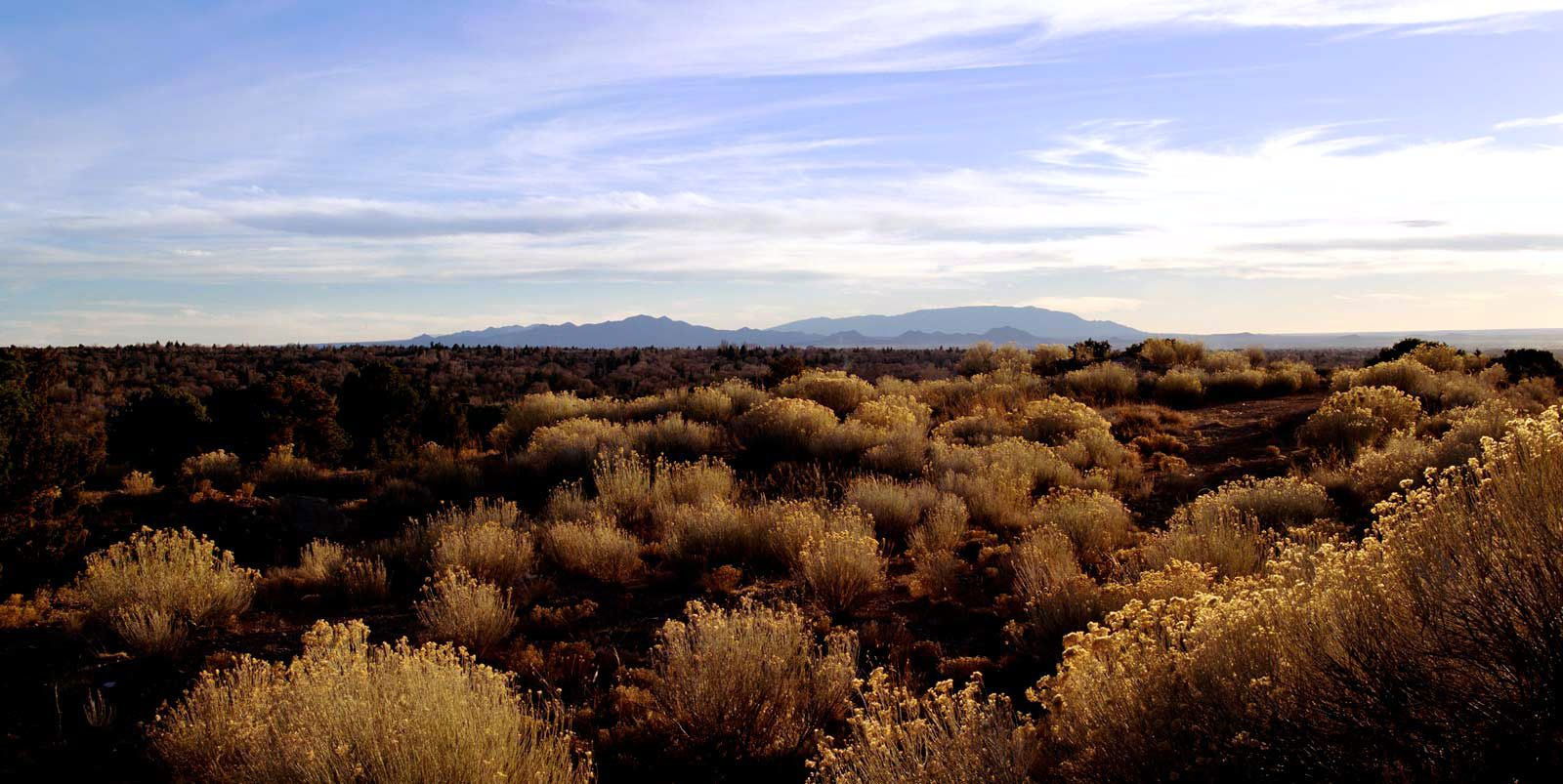 santa fe new mexico | santa fe new mexico the distant ortiz mountains viewed from santa fe ...