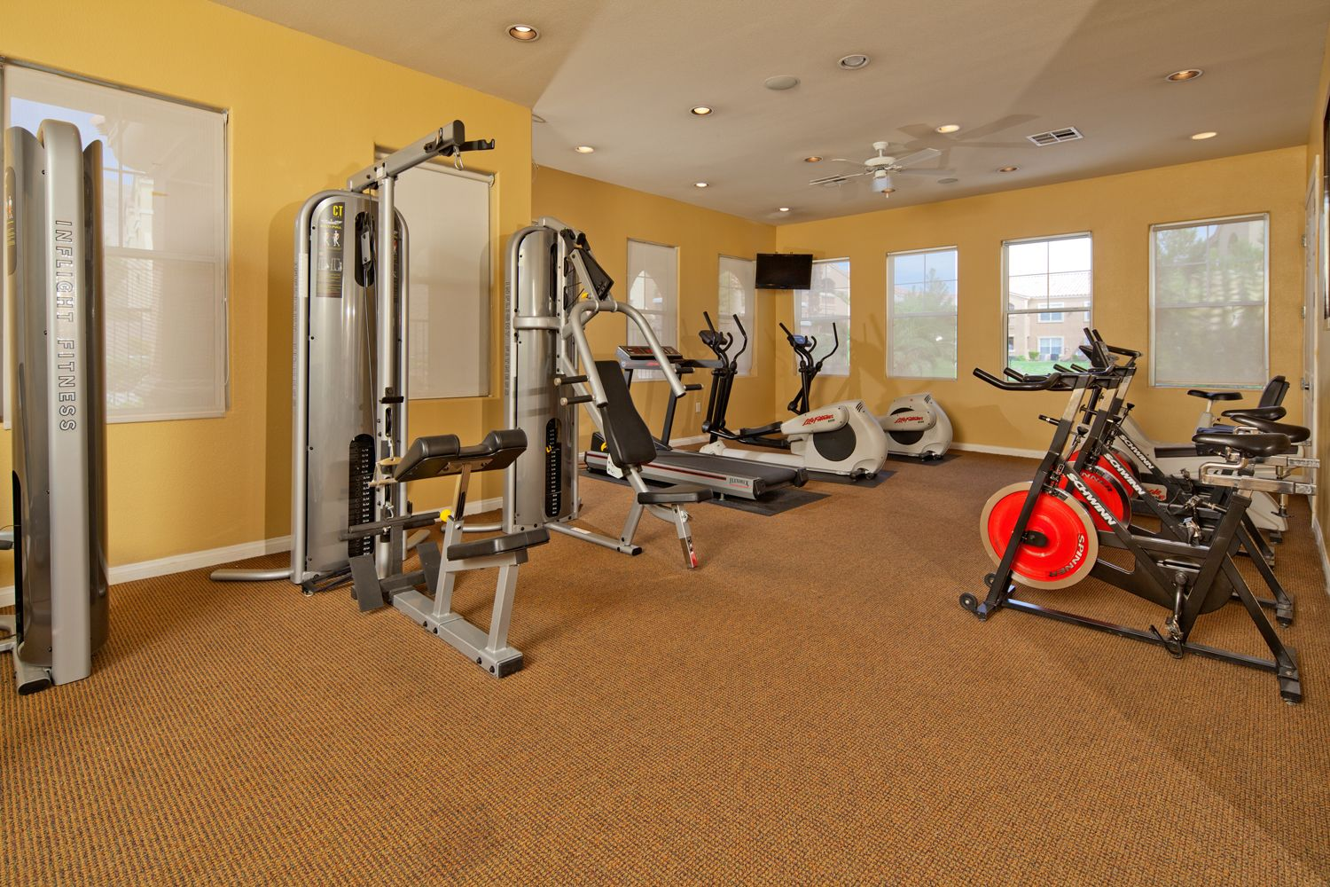 Work it out! MarkTaylor Luxury apartments, Apartments