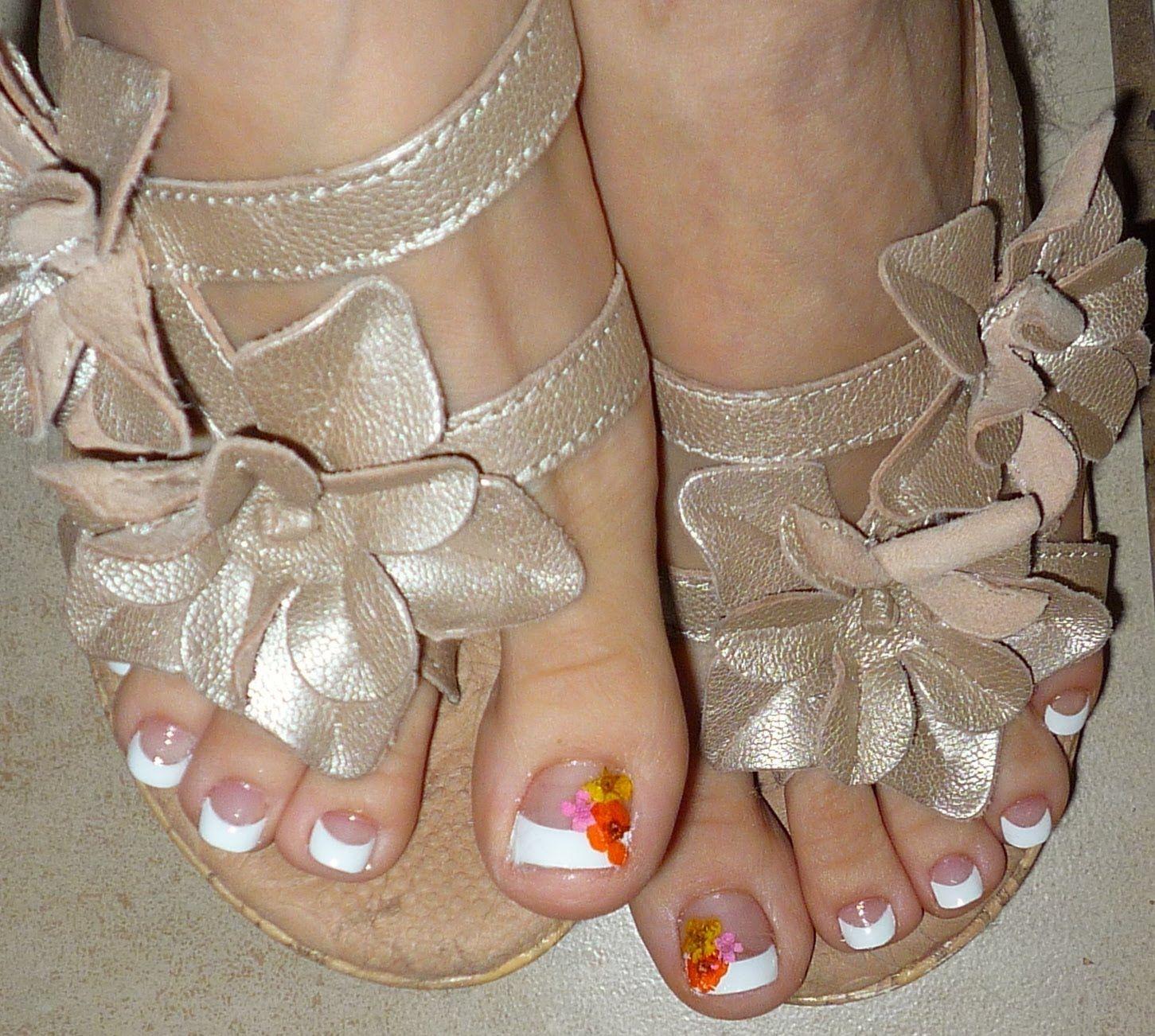 NailBlisspro Perfect French Toe Nails without Nail Polish | Makeup ...