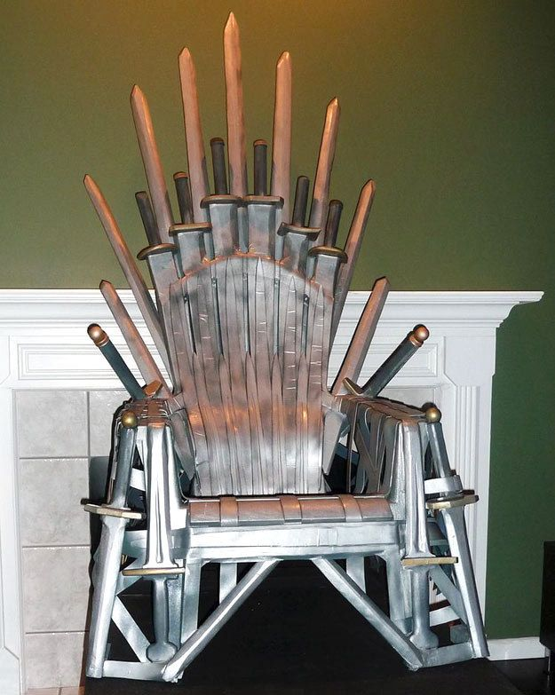 Plastic diy lawn chair throne iron throne die hard and for Buy iron throne chair