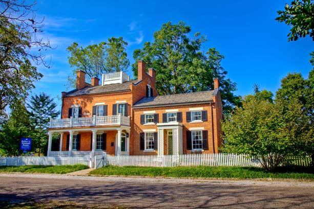 Nauvoo Heber C Kimball Nauvoo Home Nauvoo House Exterior Old Houses