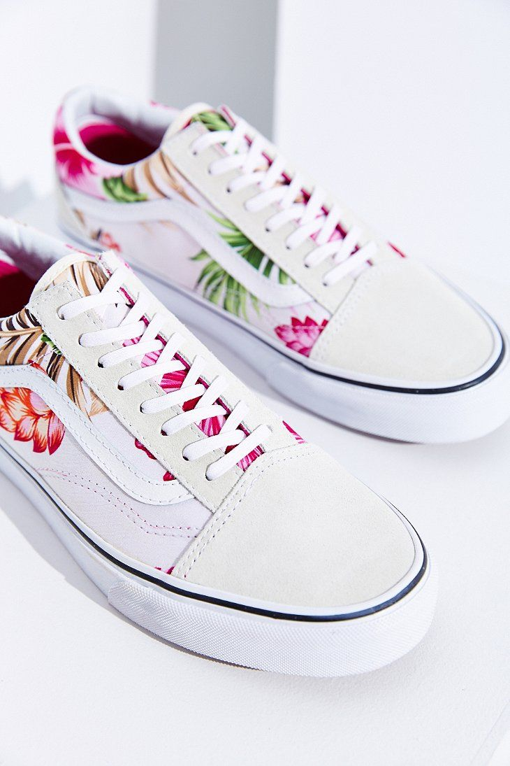Shop Vans Hawaiian Floral Old Skool Sneaker at Urban Outfitters today. We  carry all the latest styles 7115fb1ba