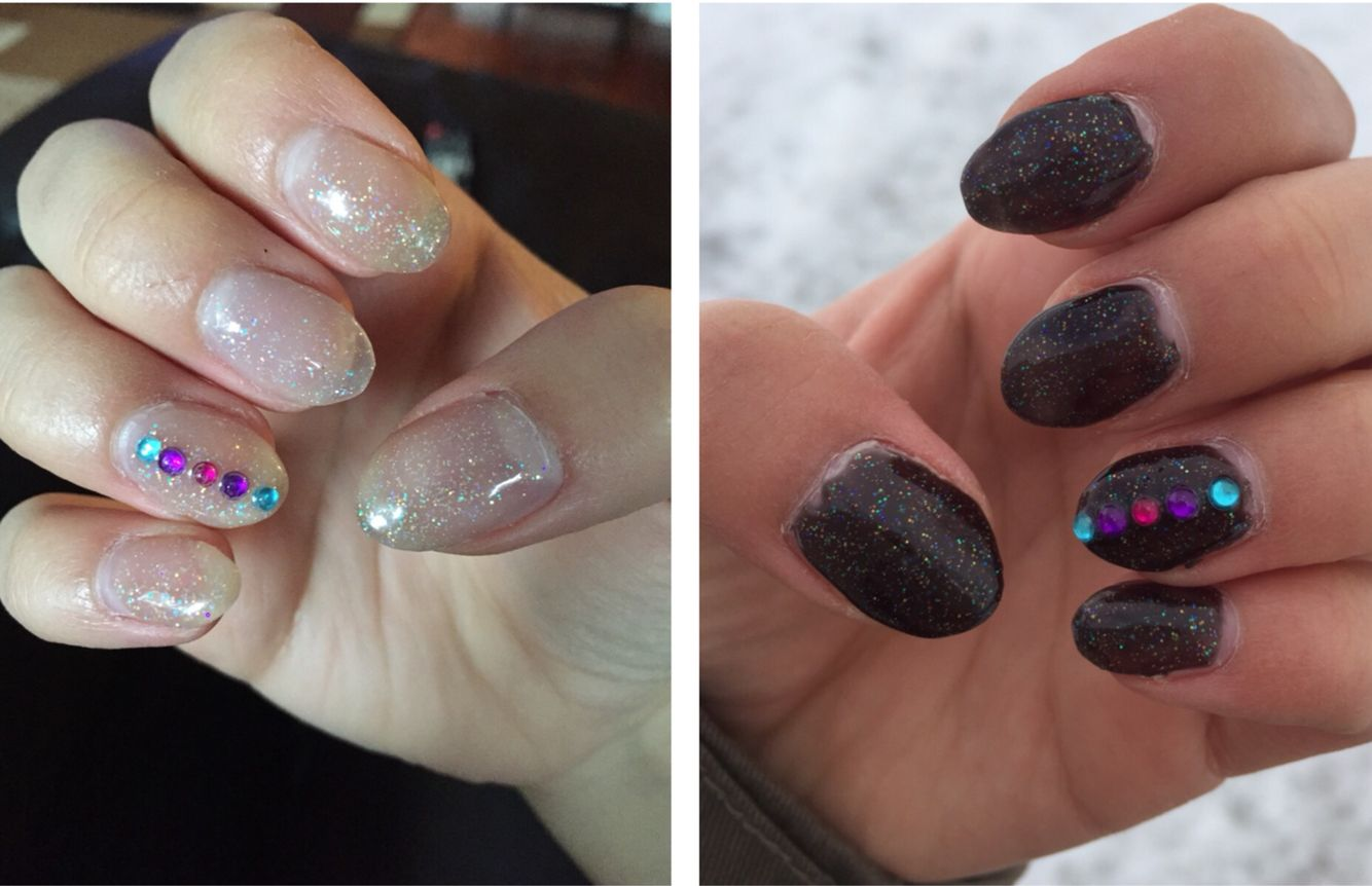 Color changing almond nails: clear sparkle to black sparkle
