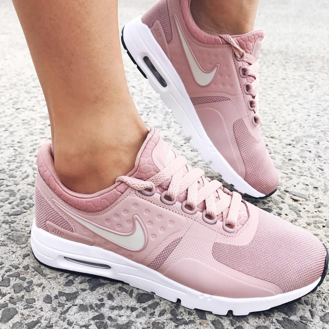 "2,367 Likes, 80 Comments - STYLERUNNER (@stylerunner) on Instagram: ""You. Nike  Air MaxRunning ..."