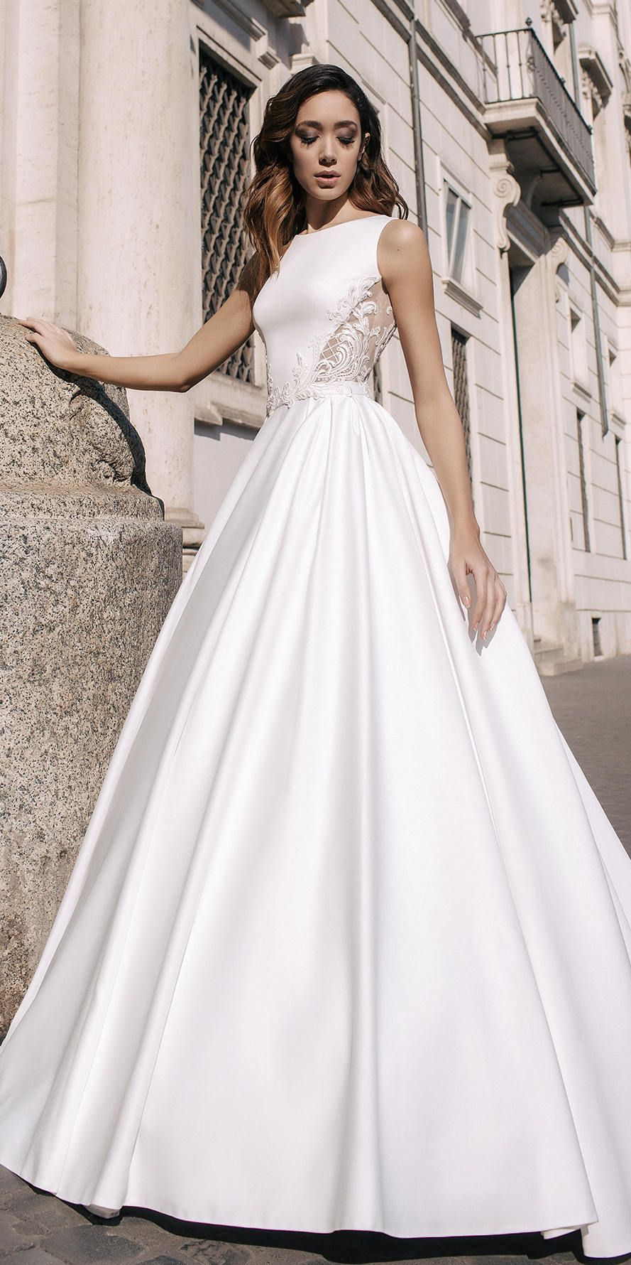 Backless a line satin wedding dress stunning ball gown with lace top