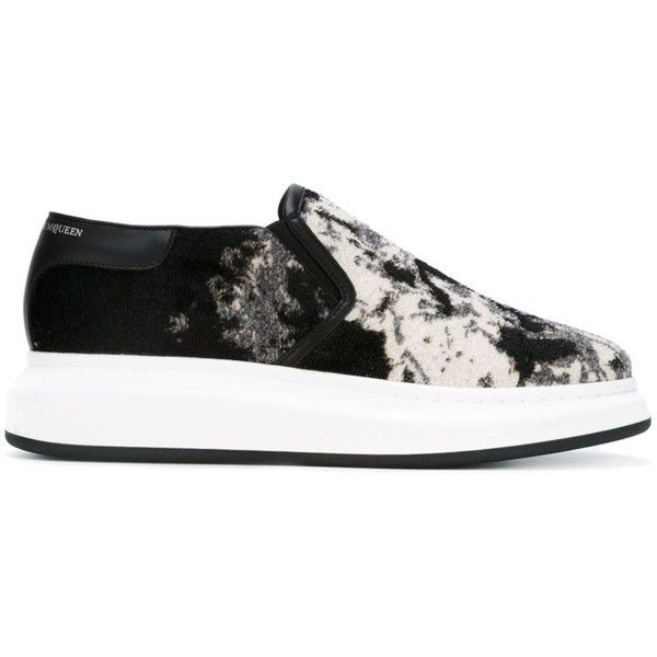 Alexander McQueen extended sole sneakers ($623) ❤ liked on Polyvore featuring men's fashion, men's shoes, men's sneakers, black, shoes, mens slip on sneakers, mens leather sneakers, mens leather slip on shoes, mens black leather shoes and mens woven leather slip-on shoes