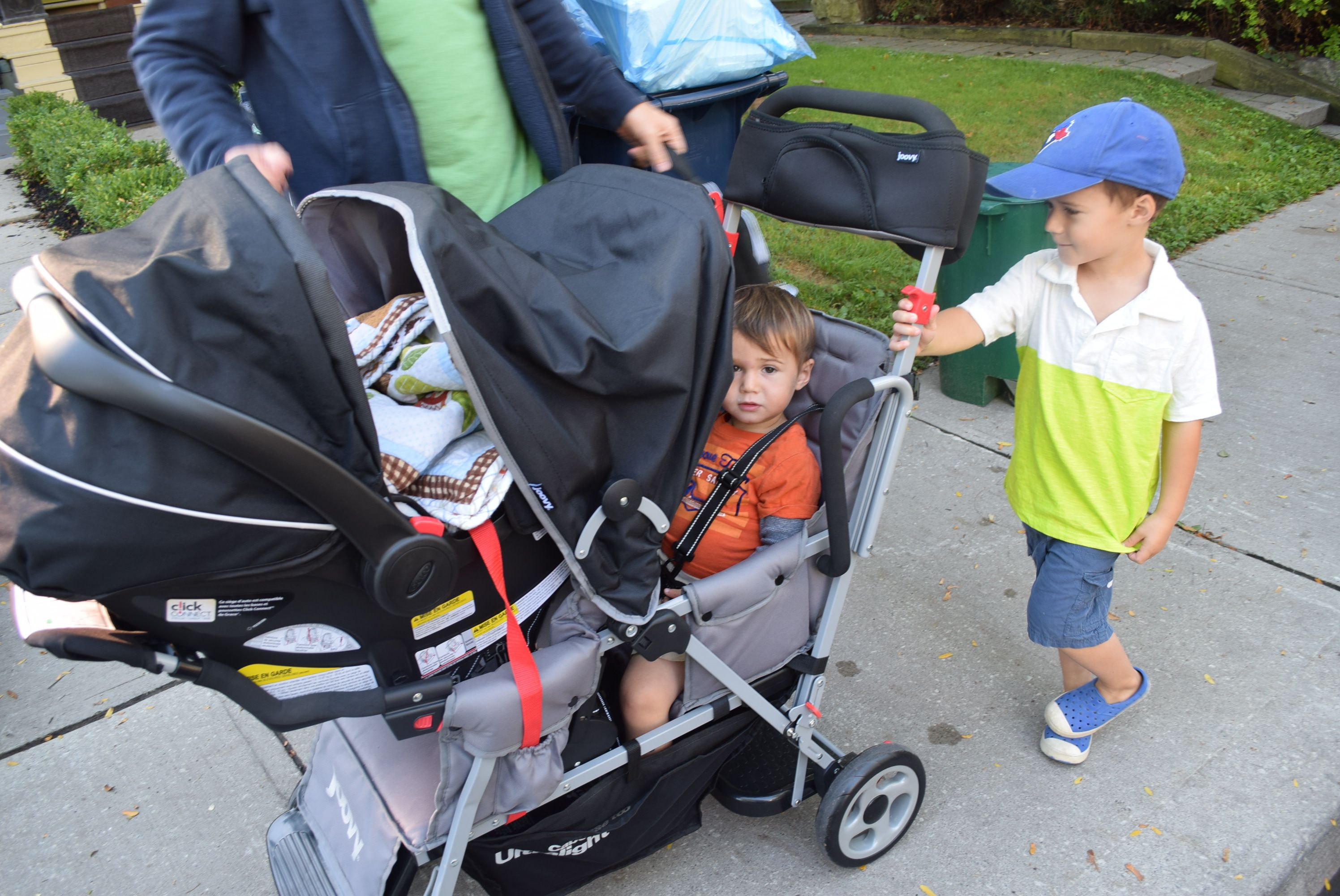 joovy caboose too ultralight review & giveaway Joovy