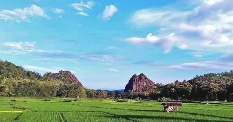 Batu Seribu Sukoharjo Adalah Tempat Wisata Di Solo Yg Wajib