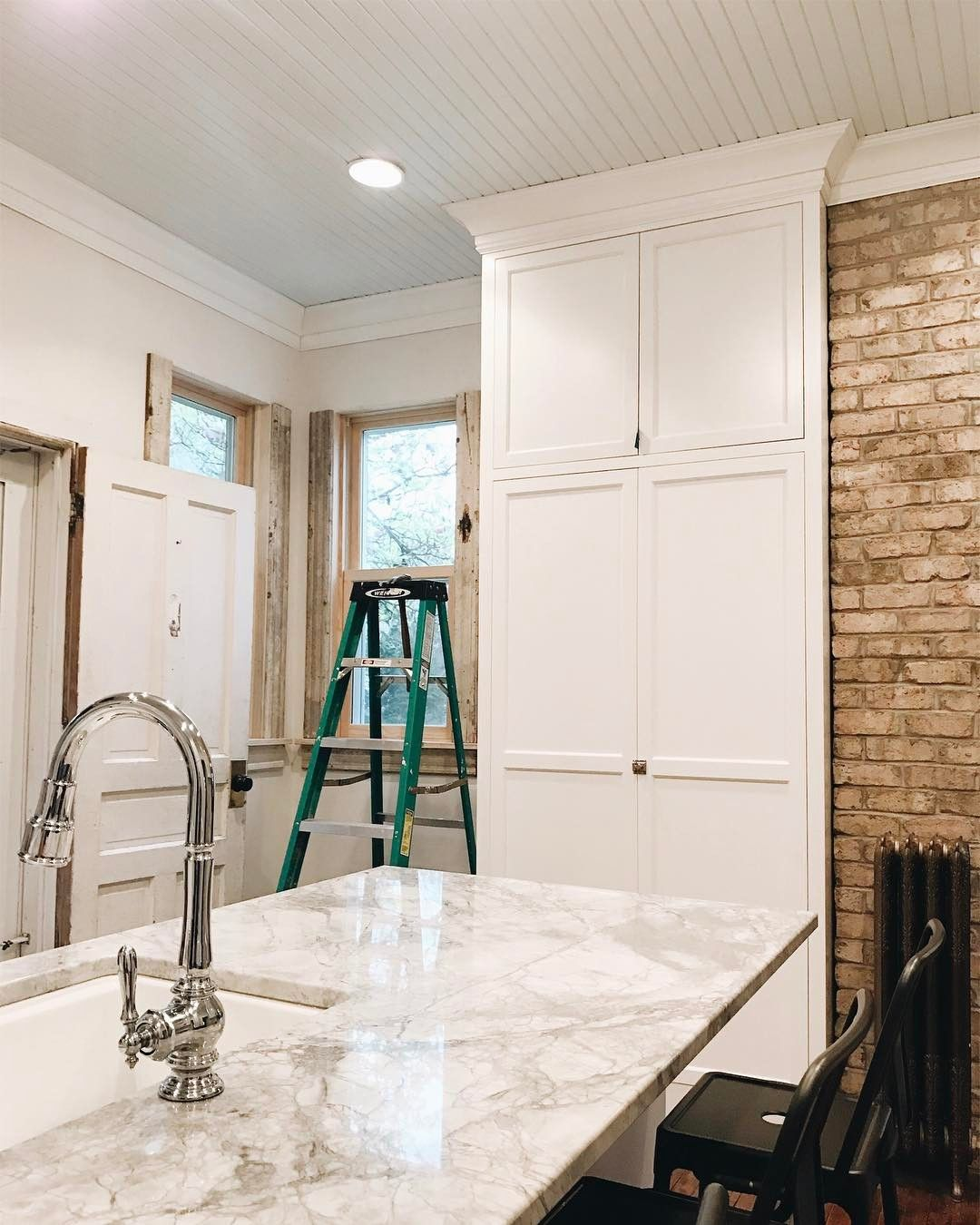 Best Pin By Michelle Hawkins On Paint Colors Kitchen Cabinets 400 x 300