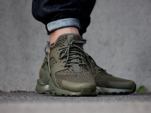 quality design bd296 d6b12 Nike Air Huarache Run Ultra Breathe  Medium Olive