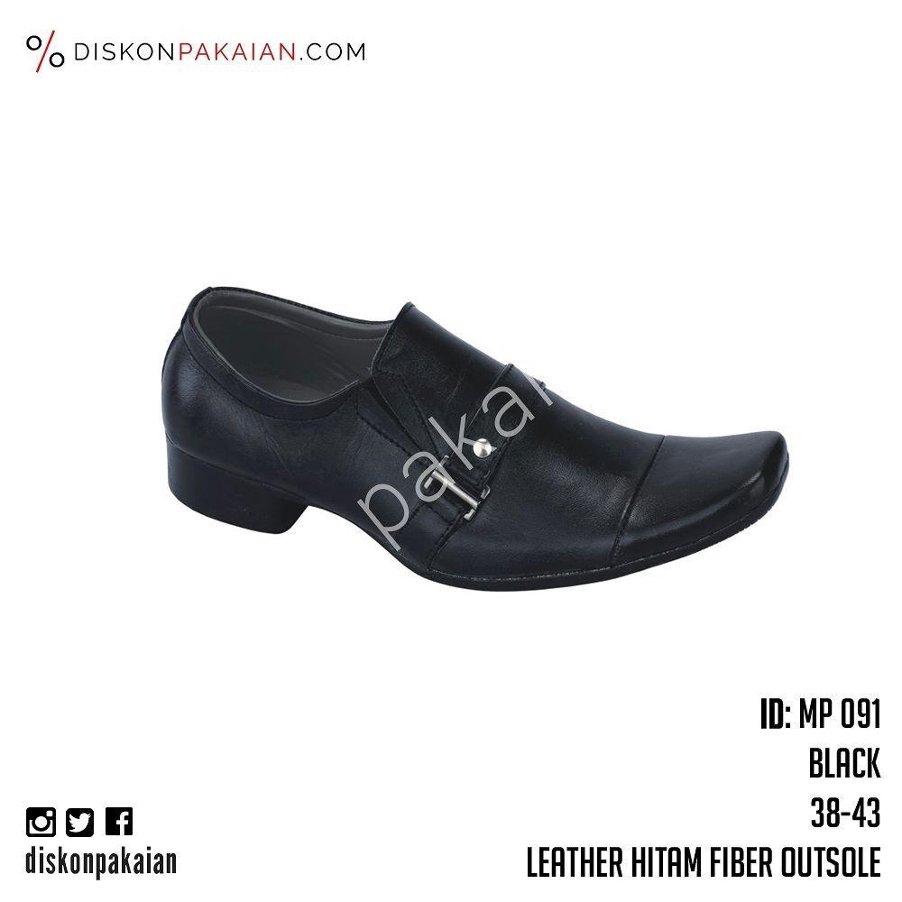 Pin By Diskonpakaian Com On Instagram Oxford Shoes Men Dress