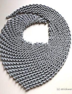 Photo of Einfarbige Schals kann man nie genug haben. Dieser sieht durch die diagonale Str…