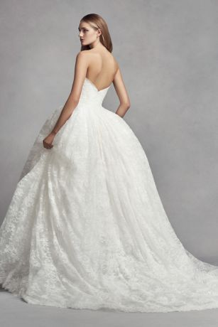 White by Vera Wang Corded Lace Wedding Dress Style VW351372, Ivory, 8 -   10 dress Beautiful vera wang ideas