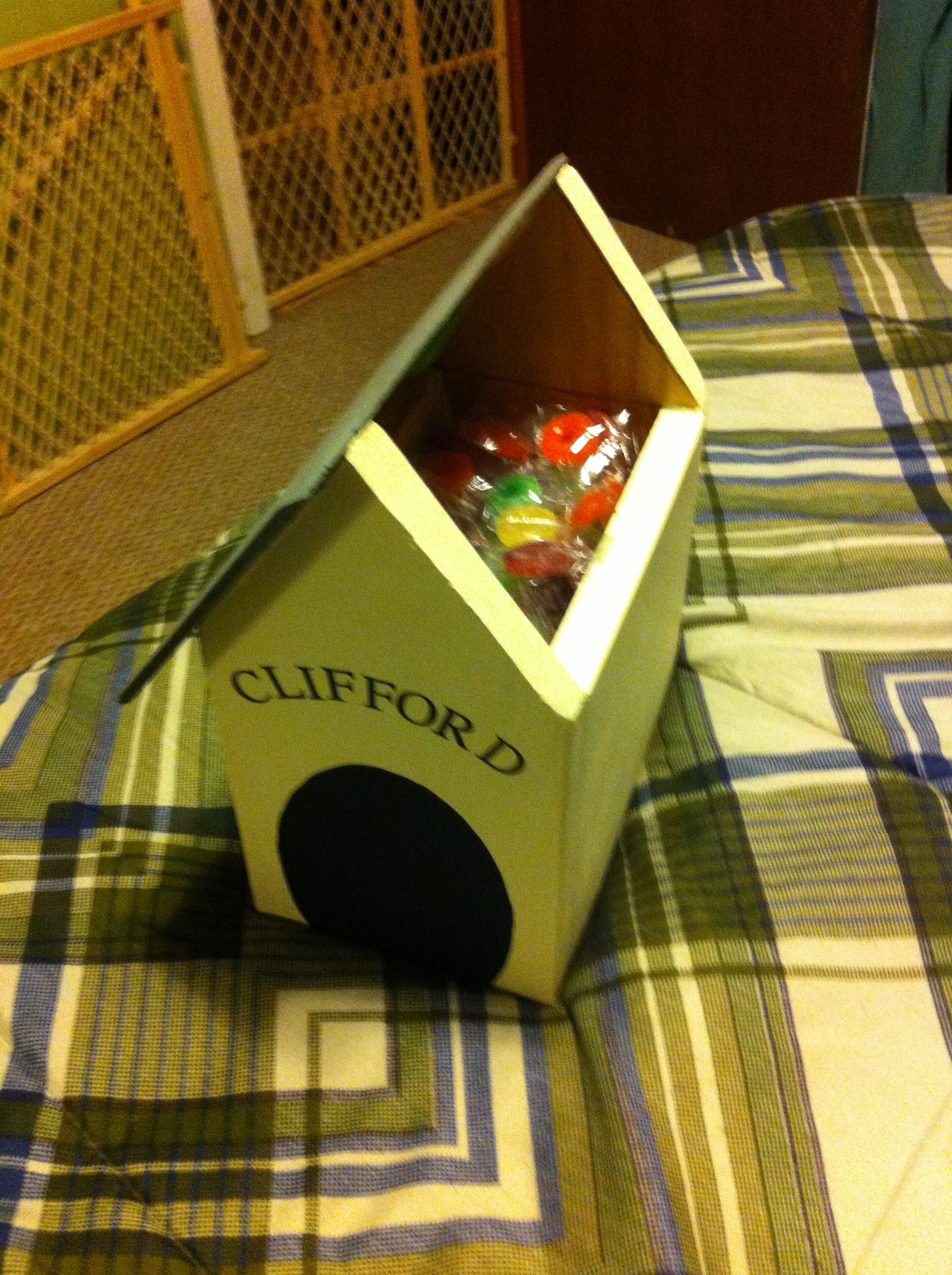 Clifford The Big Red Dog Ndy Dog House