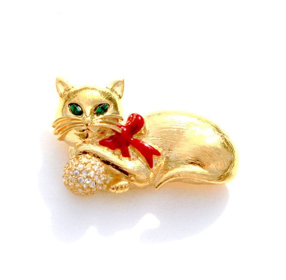 Costume Jewelry Kitten Feline Brooch Pin Gold Tone Metal Blouse Pin Kitty Cat Brooch With Blue Rhinestone Eyes and Collar
