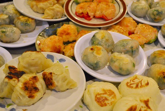 Every Important Dim Sum Dish Ranked Yummy Asian Food Dim Sum Food Recipies