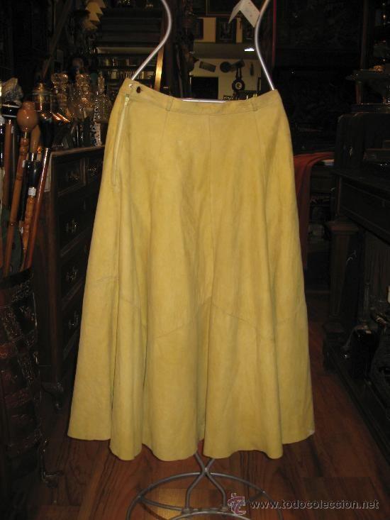 85ead50f99 Falda larga de ante en color amarillo