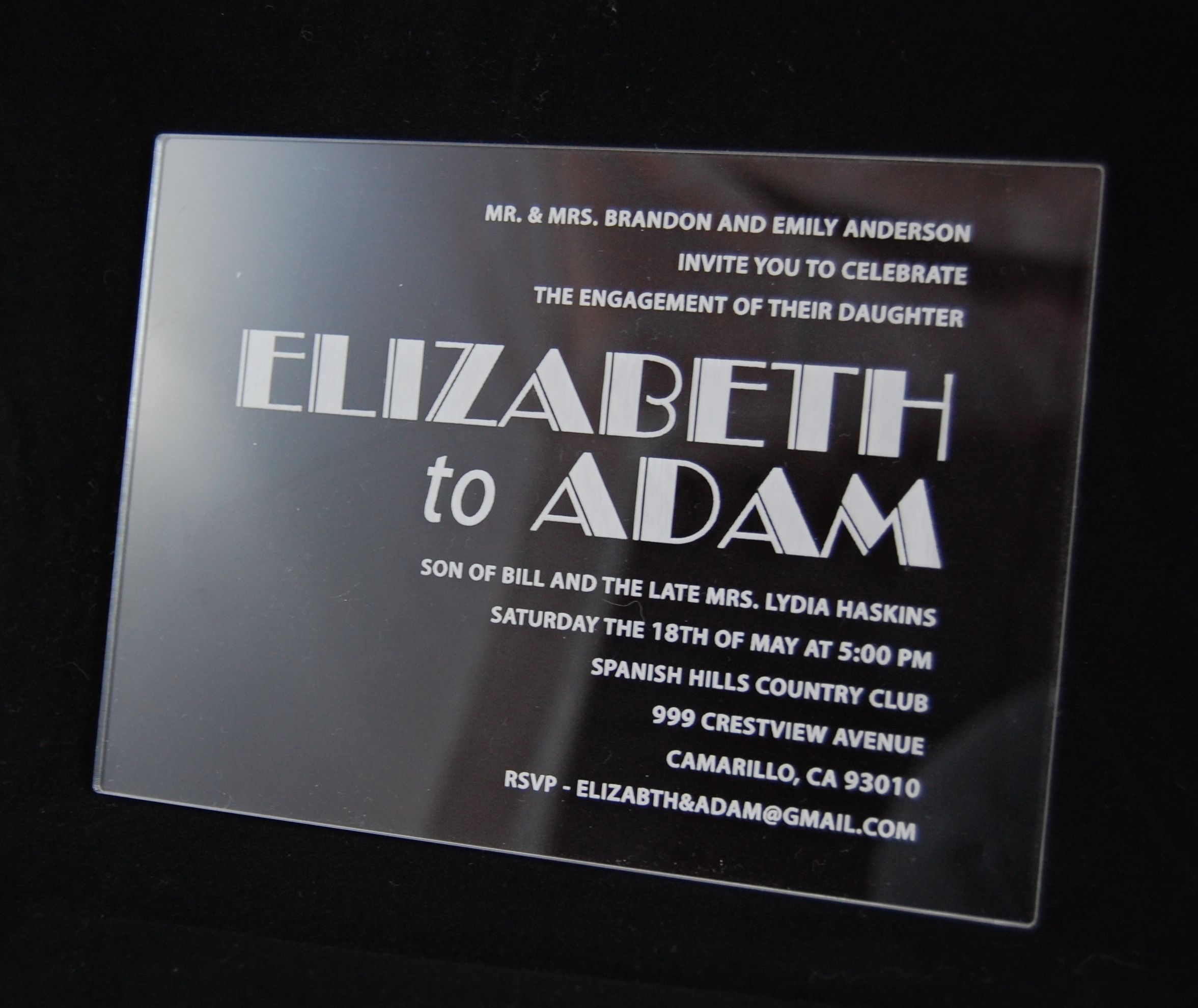 A Clear Acrylic Wedding Invitation Is A Great Alternative To Boring Paper # Acrylic #wedding