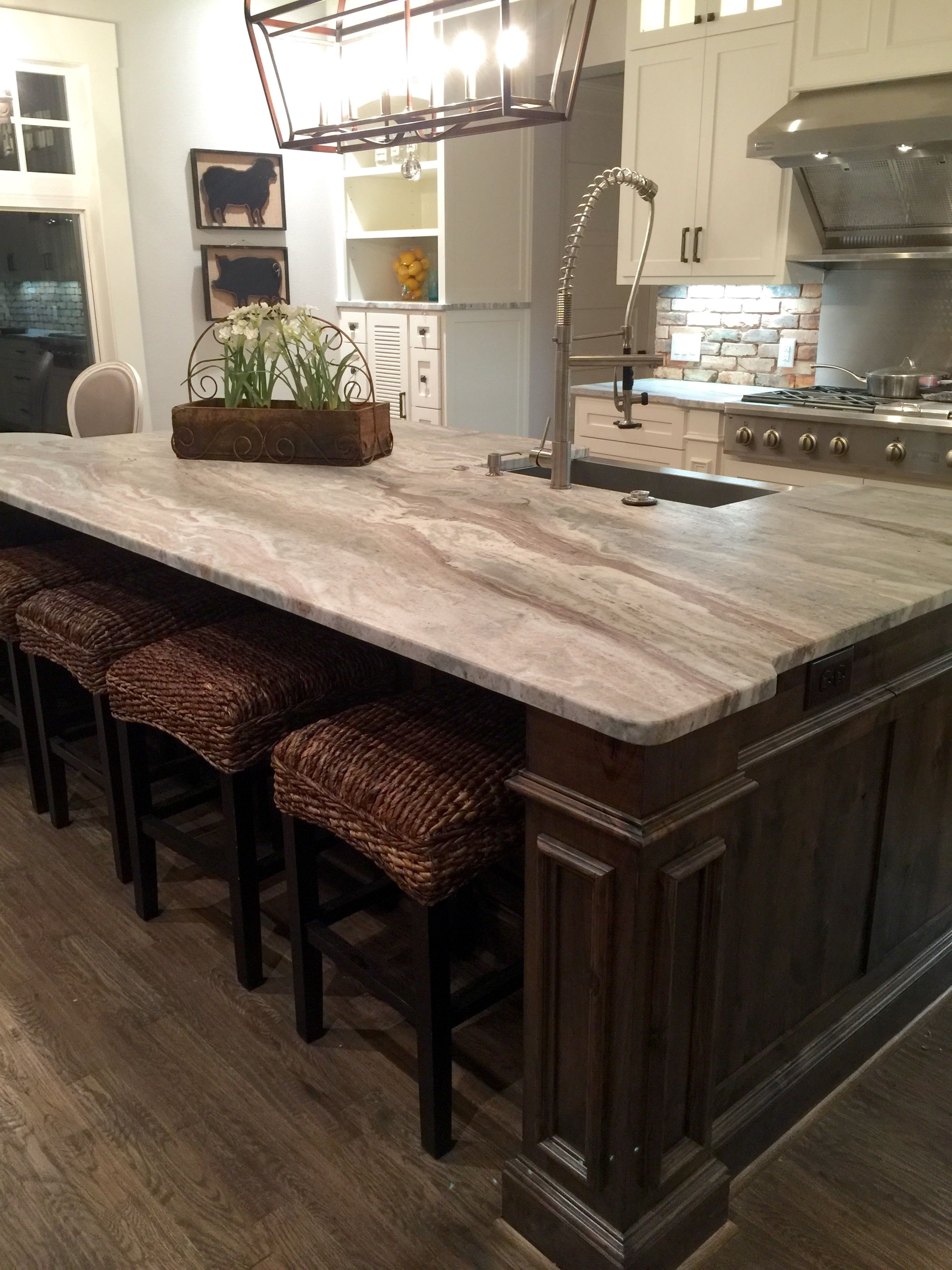 Light Granite River White Granite Kitchen Island Countertop