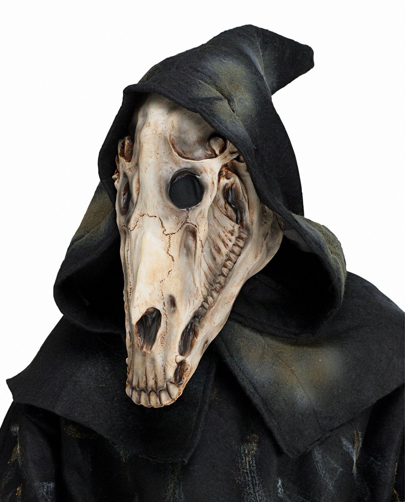 Lesson on making a mask: a predator