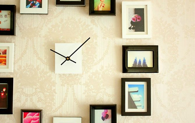 Diy Faire Une Horloge Murale A Partir De Cadres Photos Safamod Bijoux Parement Mural Horloge Murale Decoration Europeenne
