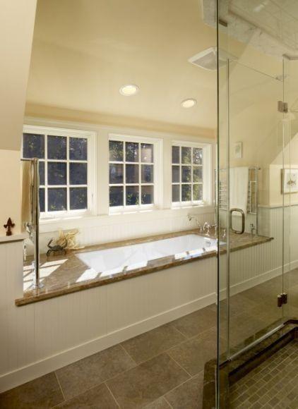 Die Badewanne in der Gaube In einem modernen Design bestimmt sehr