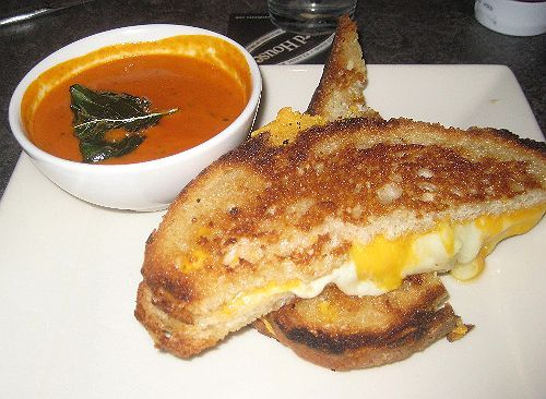 Grilled Cheese With Tomato Bisque Absolute Favorite Cooking Recipes Tomato Bisque Soup Grilled Cheese With Tomato